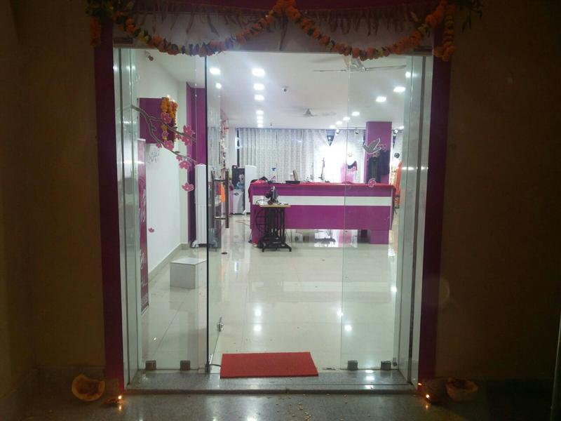 Women's Apparel Store for Sale in Kompally, India