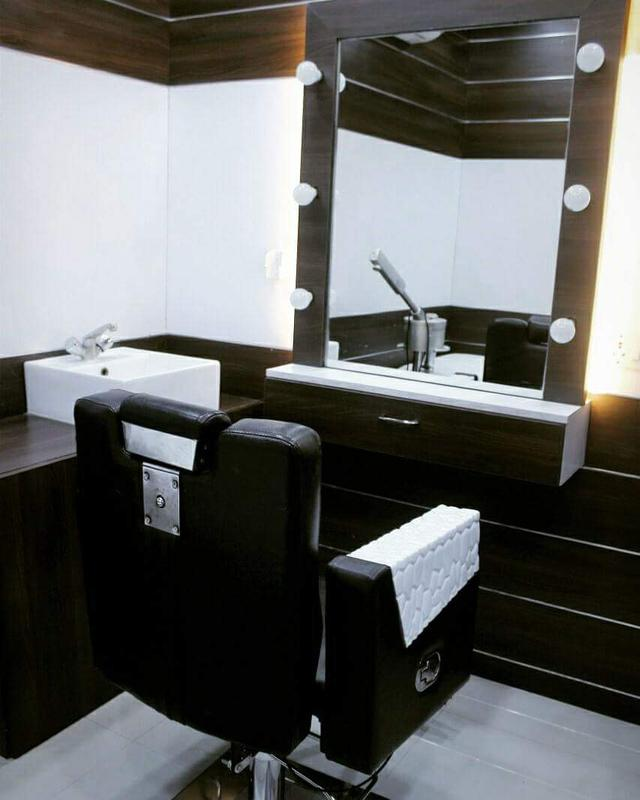 Beauty Salon for Sale in Kilpakkam, India