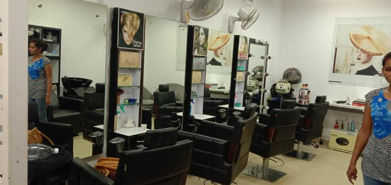 Beauty Salon Investment Opportunity in Gurgaon, India