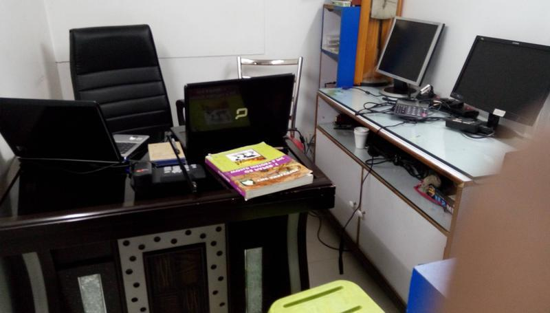 Computer Shop Seeking Loan in Delhi, India