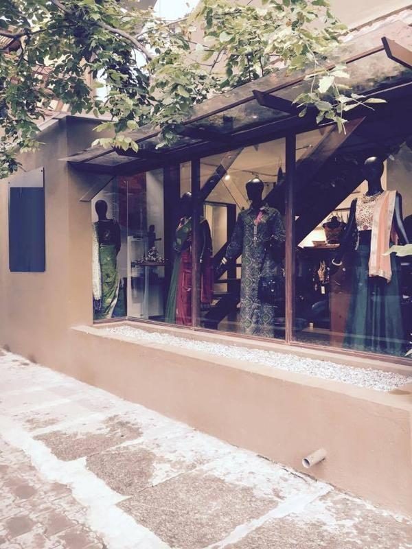Profitable Women's Apparel Store for Sale in Bangalore, India
