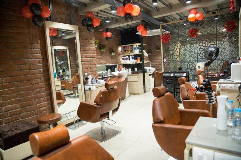 Newly Established Beauty Salon for Sale in Delhi, India