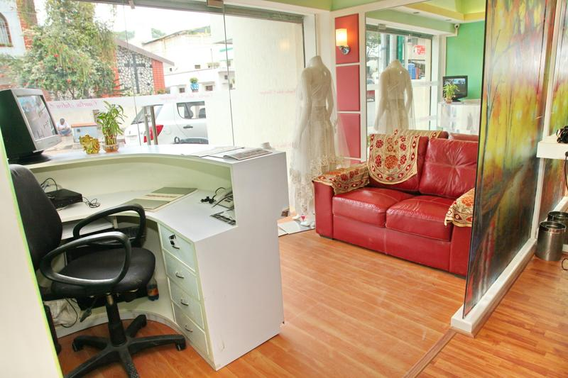 Beauty Salon for Sale in Bangalore, India seeking INR 15 lakh