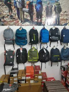 Multi-brand retail outlet selling shoes, backpacks, clothing and other accessories, receives 20+ daily walk-ins.