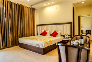Serviced apartment and guesthouse business with 6 properties seeking investment to expand into Delhi & Mumbai.