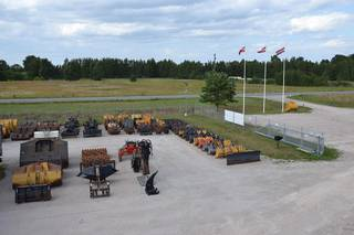 Business based in Riga selling construction machinery and heavy vehicles.