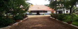 Heritage property converted into 11 luxury room hotel located near Alleppey beach.