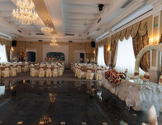 Wedding ballroom in the city of Danube Delta, has high profit margin.