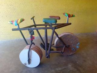 Startup building a patent awaited non-toppling multi-seater bicycle seeking funds.