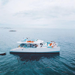 For Sale: Yacht charter company that owns and operates a catamaran day cruiser in Mactan.