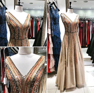 For Sale: Well established Istanbul based women's clothing store selling evening wear, dresses and gowns.
