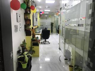 Fully-furnished Co-working office space of 830 Sq. Feet with INR 1.54 lakh / month return.