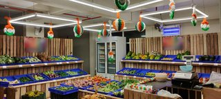 Startup grocery business seeking funds to expand and launch its own online grocery platform.