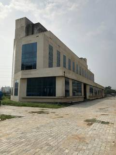Hospital building ready for sale in Gurgaon, having ground floor +3 floors and 2 basements.