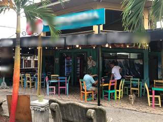 Beach cafe based in Jaco, located on the main street, receiving 50-80 customers a day.