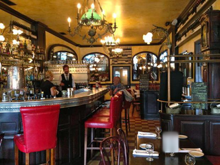 For sale: French restaurant in Los Angeles, receiving 150-200 customers on a daily basis.